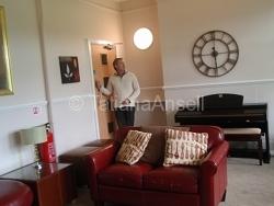 Kingham Hill School - общая комната в общежитии