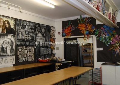 В учебном корпусе по живописи и дизайну
