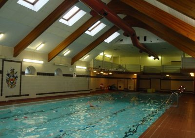 Школа-пансион Sedbergh - школьный бассейн.