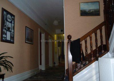 Английская школа-пансион Sedbergh - коридор в общежитии мальчиков.