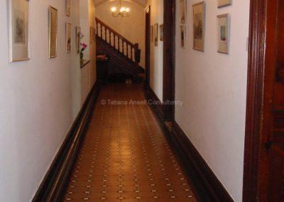 Английская школа-пансион Sedbergh - коридор в общежитии.