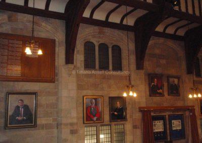 Английская школа-пансион Sedbergh - внутри школьной церкви.