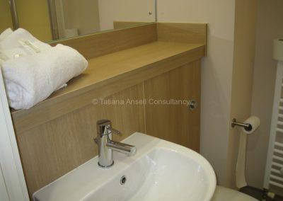 Душ и туалет в комнате нового общежития Campbell College