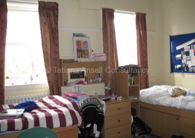 Комната в общежитии Mill Hill School