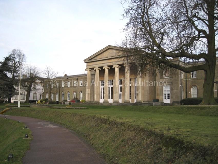 Фоторепортаж о посещении английской школы-пансиона Mill Hill School