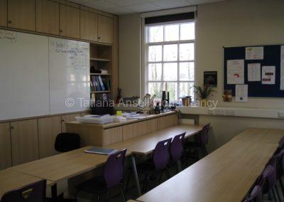 В классной комнате Mill Hill School