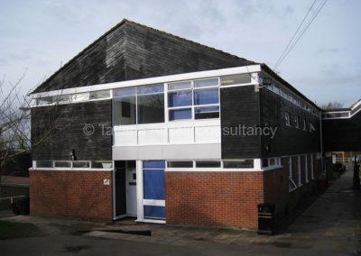 Здание на территории Mill Hill School