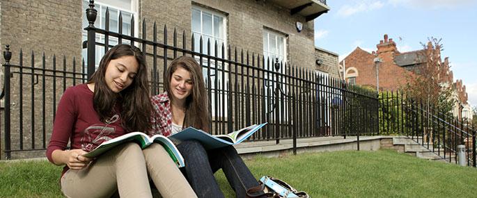 Летний лагерь в Великобритании в Cambridge Centre for Sixth-Form Studies для  14-17 лет
