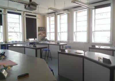 В химической лаборатории Walden_School