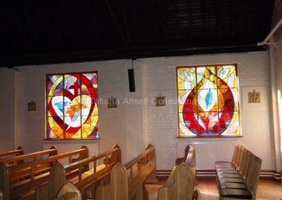 В церкви Woldingham School
