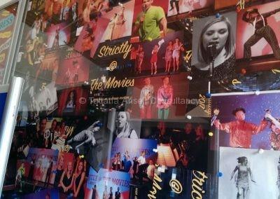 Фотографии школьного тацевального шоу в St Edmunds Canterbury