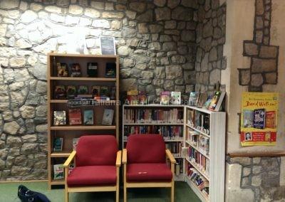 В библиотеке школы St Edmunds Canterbury