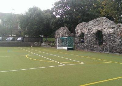Спортивное поле в Dover College