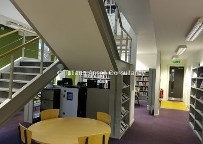 Библиотека в Ashford School