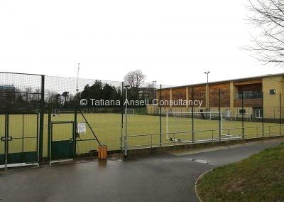 Спортивные площадки в школе Ашфорд Скул