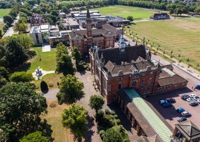 Летний лагерь английского языка с внеклассными занятиями и спортом на территории Dulwich College для детей 10-16 лет