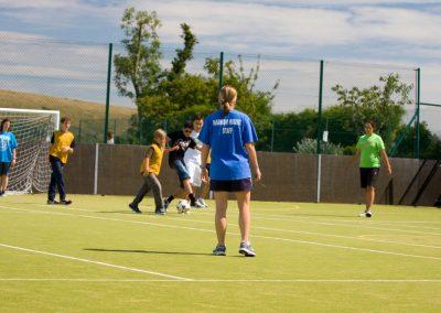Футбольное поле в Harrow House