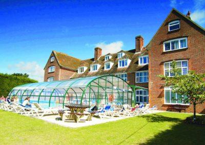 Крытый бассейн в Harrow House