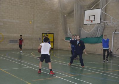 Shrewsbury Colleges Group - на занятиях баскетболом