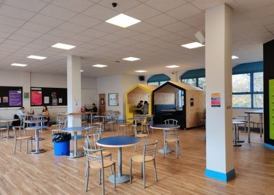 Кафе в East Susex College