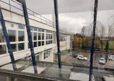 Вид из окна Worthing College в дождливый день