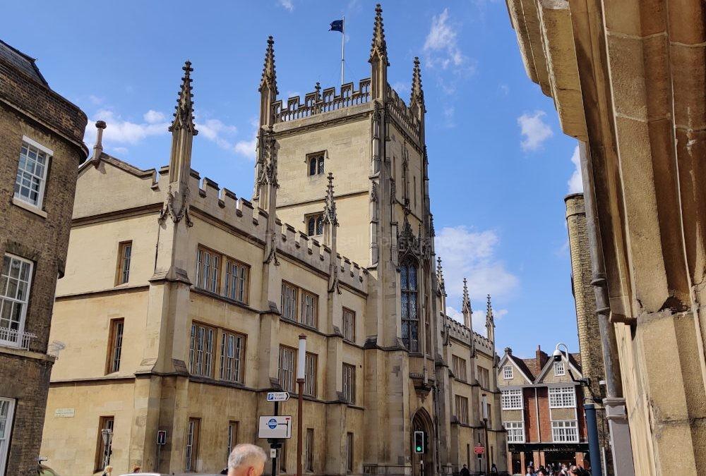 Как выбрать колледж в Англии для подготовки в топовый университет?